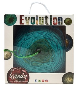 wendy-evolution-dk-a-scarf-in-a-box-plus-free-patterns_390_290_7rywq