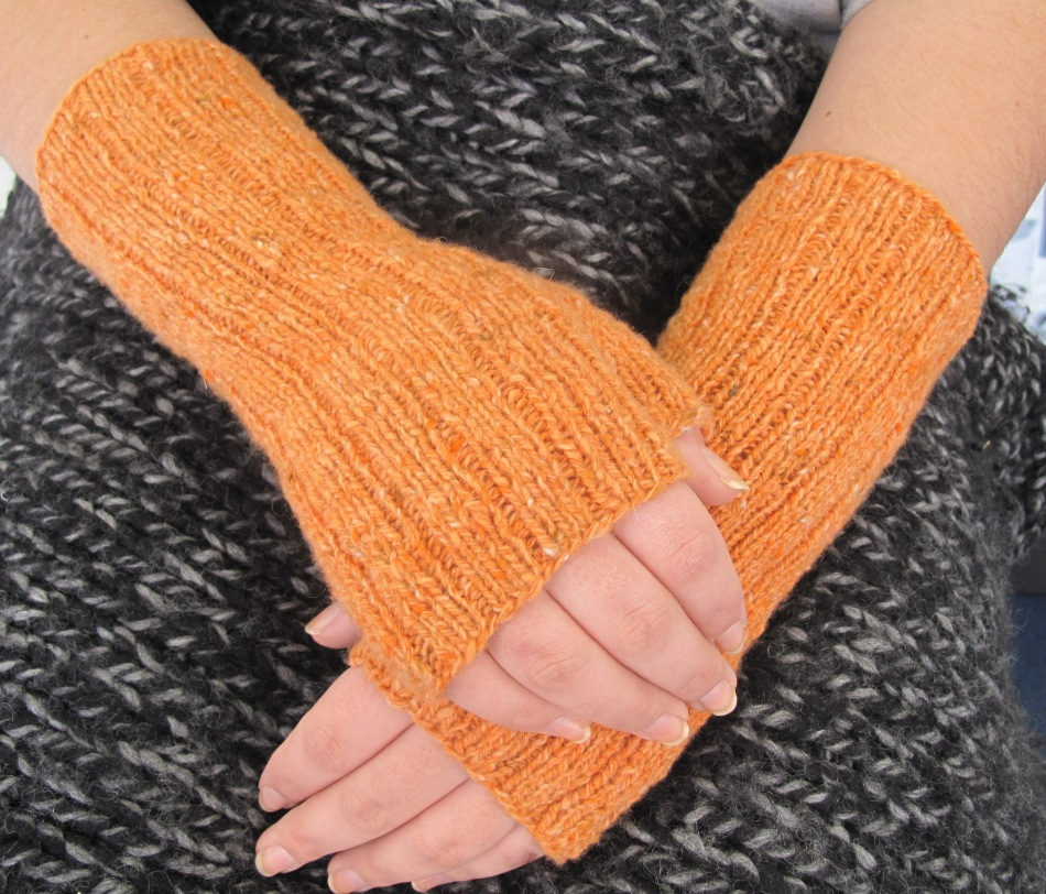 Orange mitts1